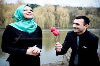 چه رفتار هایی همسرانتان را عاشق میکند؟
