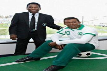 عکس فوتبالیست های مشهور در کنار مجسمه هایشان + عکس