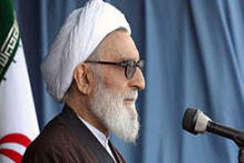 دیدار وزیر امور خارجه با آیت الله واعظ طبسی در مشهد