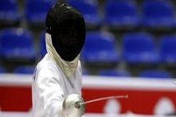 بانوان شمشیرباز در آکادمی ملی المپیک تست آمادگی جسمانی دادند