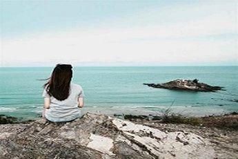 مزایا و معایب تنهایی سفر رفتن 