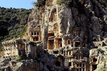 بزرگترین شهر زیرزمینی جهان واقع در ترکیه / عکس
