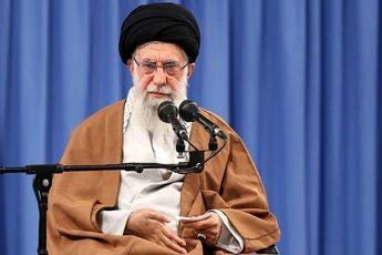 رهبر انقلاب: توطئه بسیار خطرناکی توسط مردم نابود شد