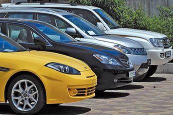 واردات یک میلیارد دلار خودرو برای سال ۹۳