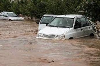 ۳۵ خانوار ایرانشهری و فنوجی در سیلاب گرفتار شدند / عکس