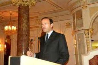 یک مقام وزارت خارجه فرانسه به ایران سفر کرد