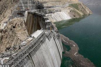 ۴۵ درصد مخازن سدها خالی است / افت یک میلیاردمترمکعبی ذخیره آب