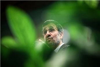احمدی نژاد در فکر سرنوشت خود