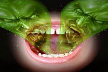 آیا پاک کردن زبان تأثیری بر بوی بد دهان دارد؟