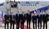 نکبت با پرواز به امارات رسید